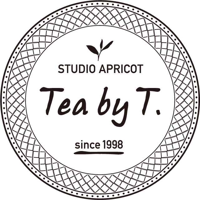 STUDIO APRICOT Tea by T.